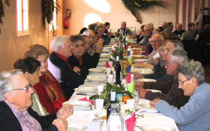 Seniors : des conseils nutritionnels pour des fêtes de fin d'année sans encombre