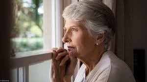 Personnes âgées : faut-il vivre à proximité de ses enfants ?