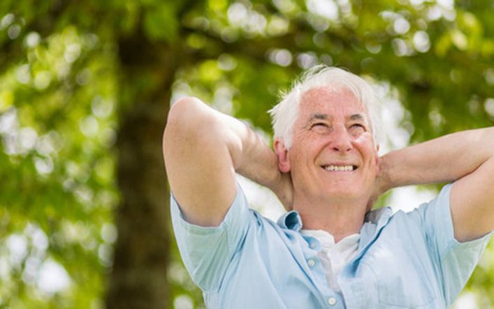 Se sentir heureux quand on est vieux : ce qu'il faut faire
