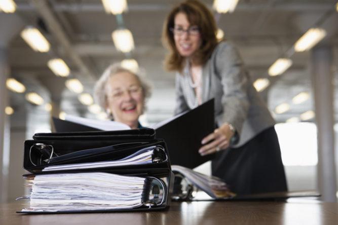 Partir à la retraite plus tard : les avantages et les inconvénients