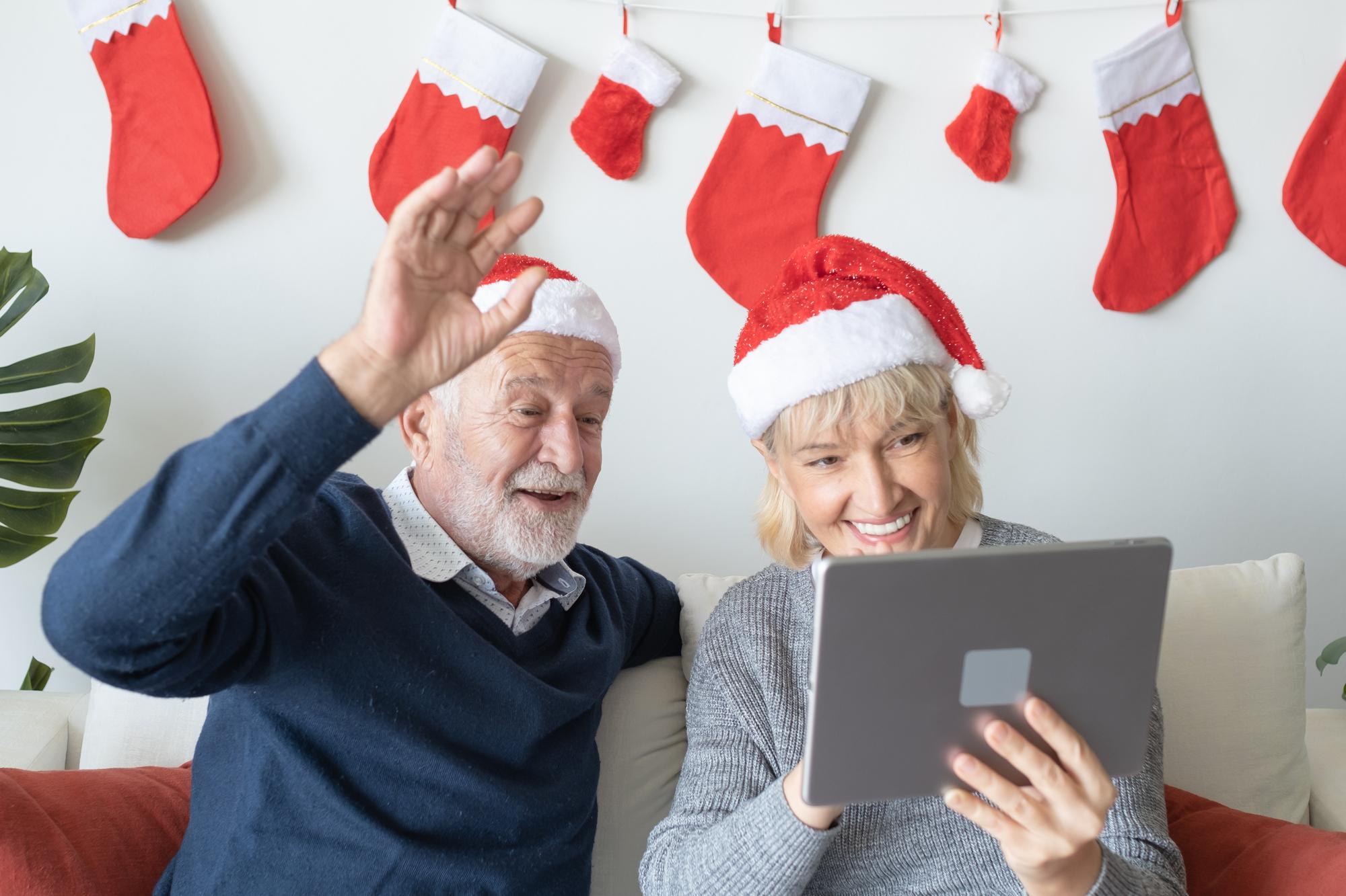 Séniors : comment passer des fêtes de Noël dans le bonheur