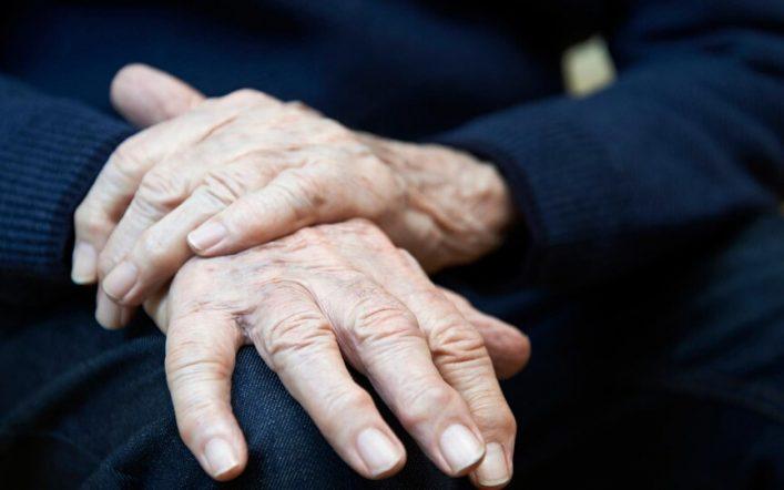 La douleur chronique chez la personne âgée : comment la soulager