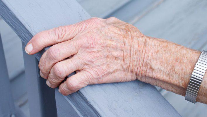 Rhumatisme et vieillesse : comment le prévenir